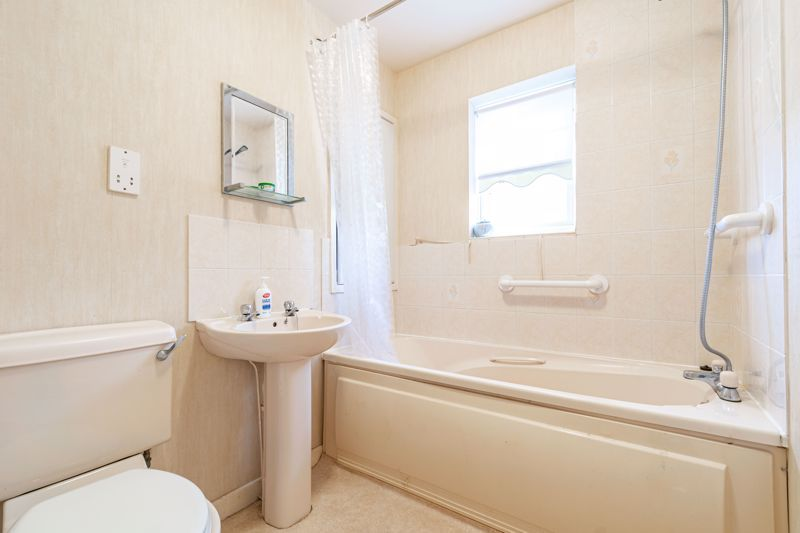2 bed house for sale in Whitefriars Drive 8