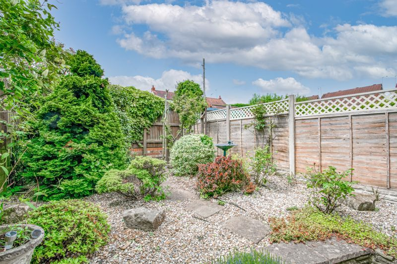 2 bed house for sale in Whitefriars Drive 10