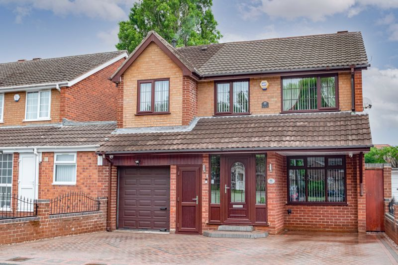 4 bed house for sale in Regis Heath Road  - Property Image 1