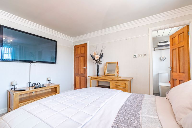 4 bed house for sale in Regis Heath Road  - Property Image 11