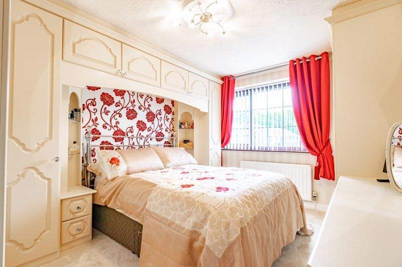 4 bed house for sale in Regis Heath Road 12