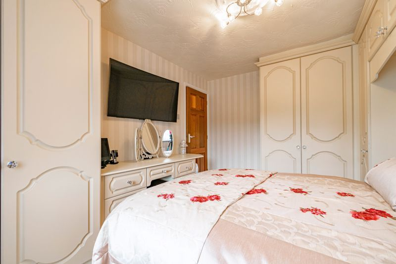 4 bed house for sale in Regis Heath Road 13