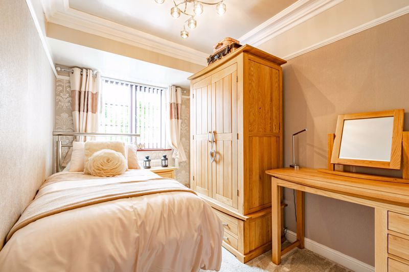 4 bed house for sale in Regis Heath Road 14