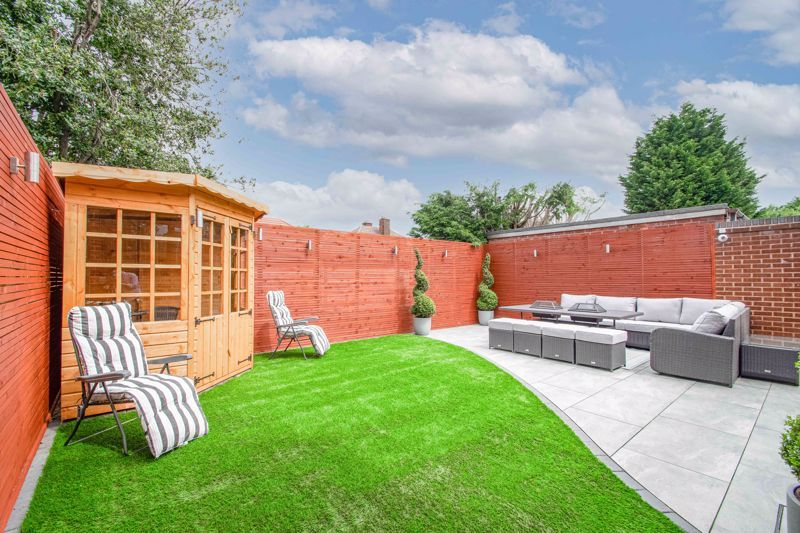 4 bed house for sale in Regis Heath Road 20