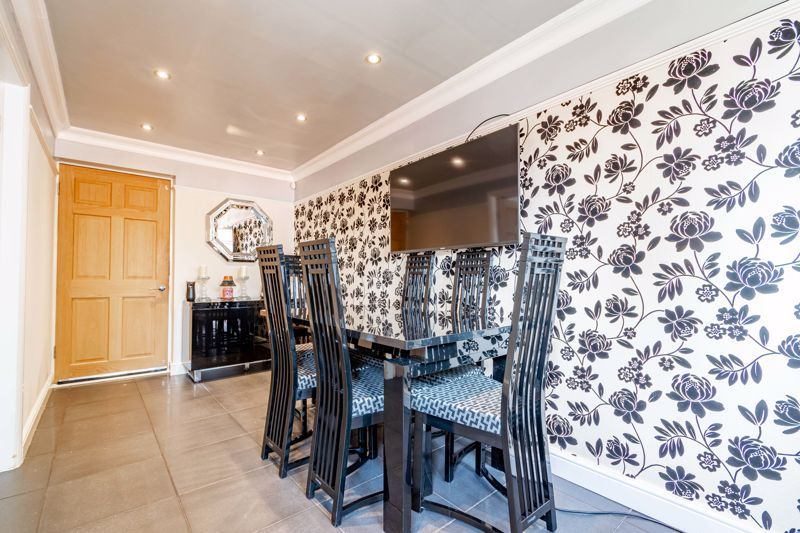 4 bed house for sale in Regis Heath Road  - Property Image 6