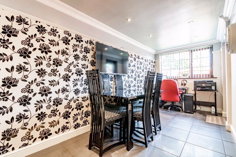 4 bed house for sale in Regis Heath Road 7