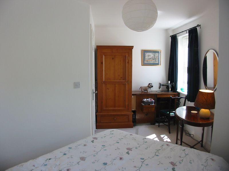 2 bed flat for sale in Trefoil Gardens  - Property Image 11