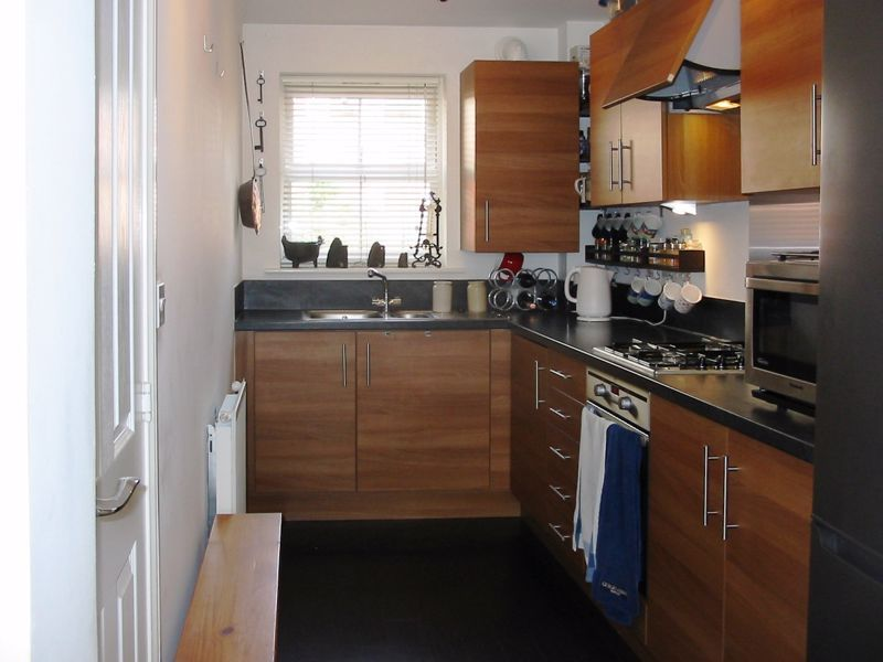 2 bed flat for sale in Trefoil Gardens 4