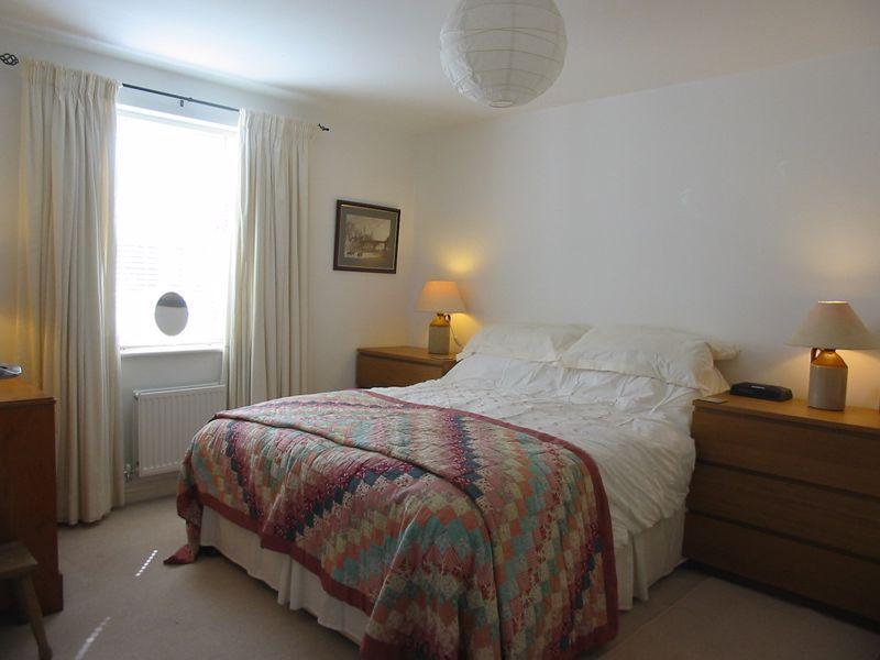 2 bed flat for sale in Trefoil Gardens 6