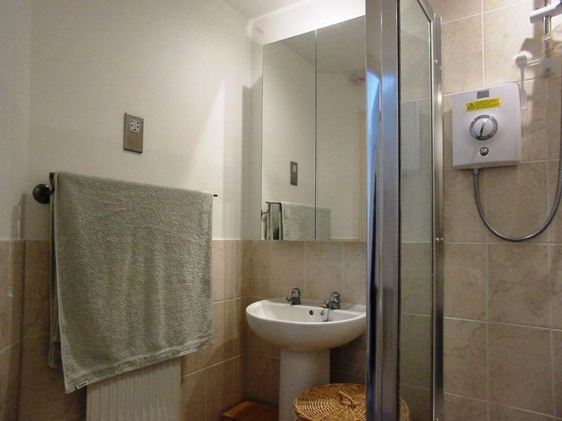 2 bed flat for sale in Trefoil Gardens  - Property Image 8