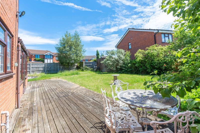 4 bed house for sale in Gratham Close  - Property Image 12