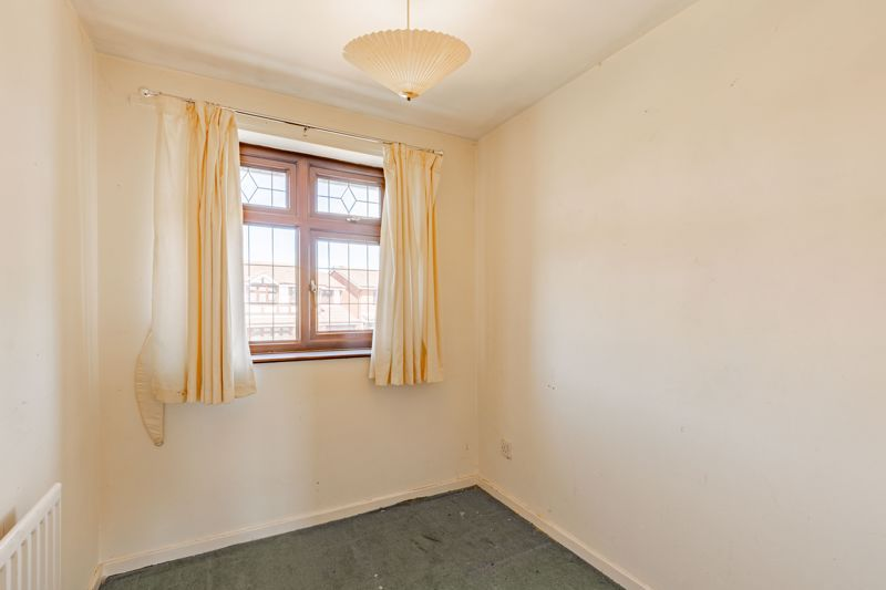 4 bed house for sale in Gratham Close  - Property Image 7