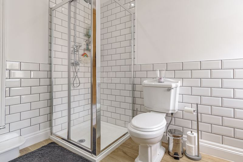 2 bed house for sale in Brook Road 15