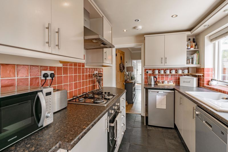 2 bed house for sale in Brook Road  - Property Image 18