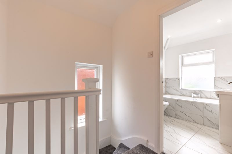 3 bed house for sale in Westbourne Road  - Property Image 11