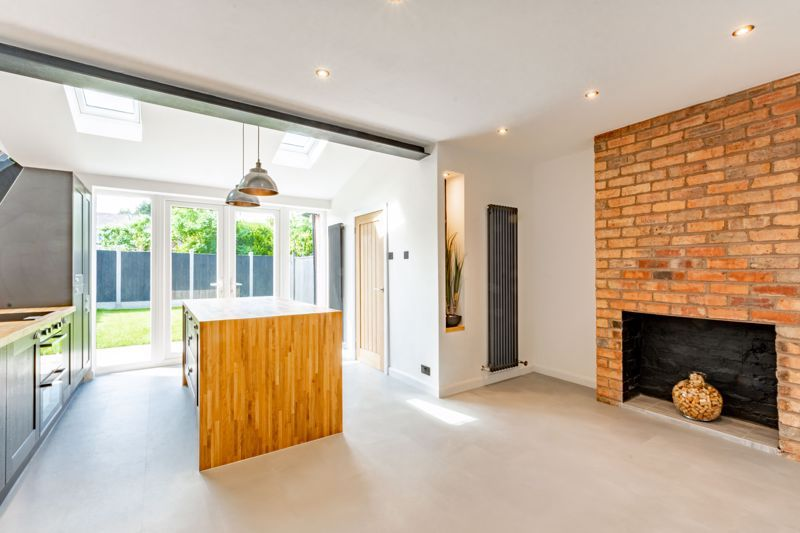 3 bed house for sale in Westbourne Road  - Property Image 3