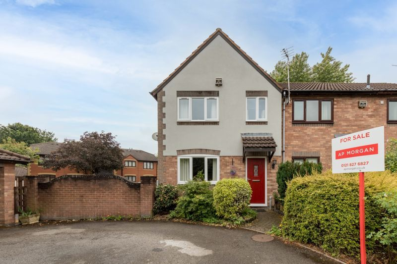 3 bed house for sale in Mill Brook Drive 1