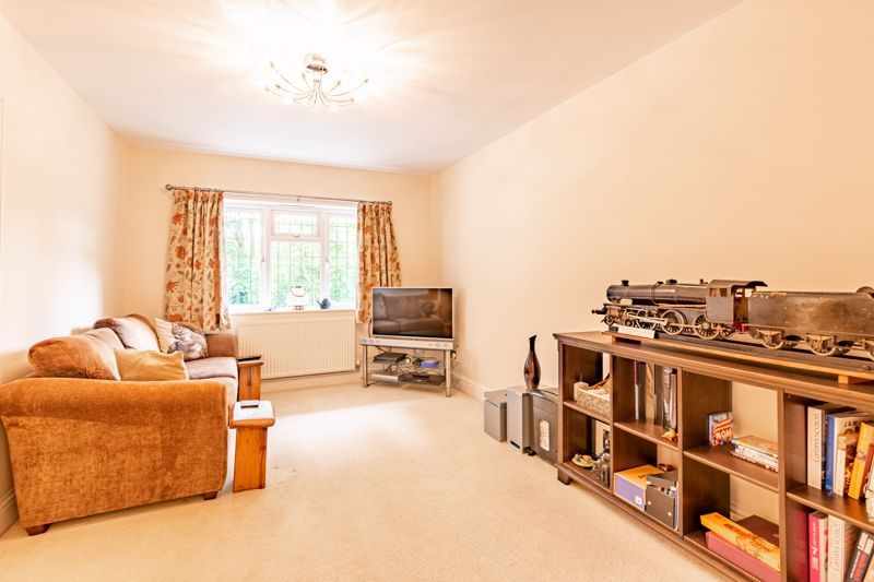 4 bed house for sale in Gorse Green Lane 6