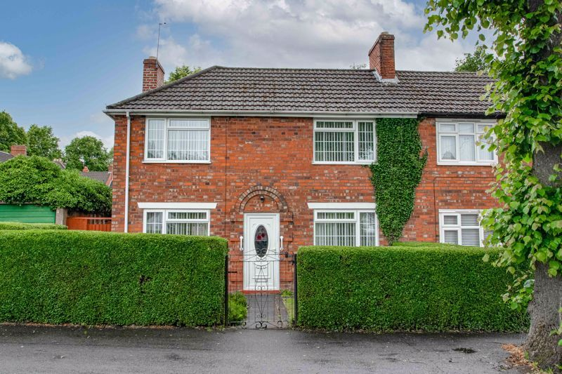 3 bed house for sale in Regis Road 1