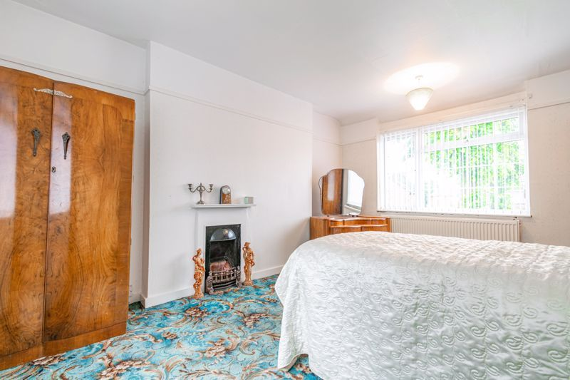 3 bed house for sale in Regis Road 8