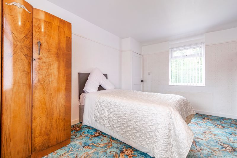3 bed house for sale in Regis Road 9