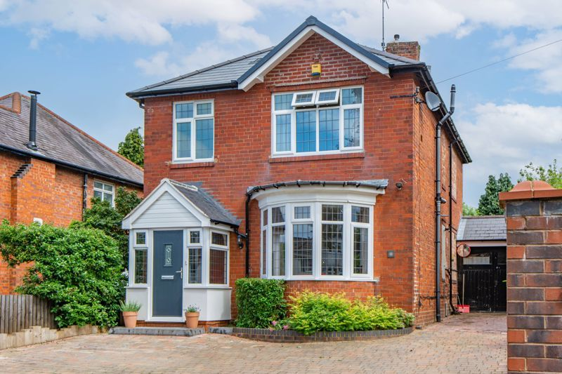 3 bed house for sale in Chawn Hill  - Property Image 1