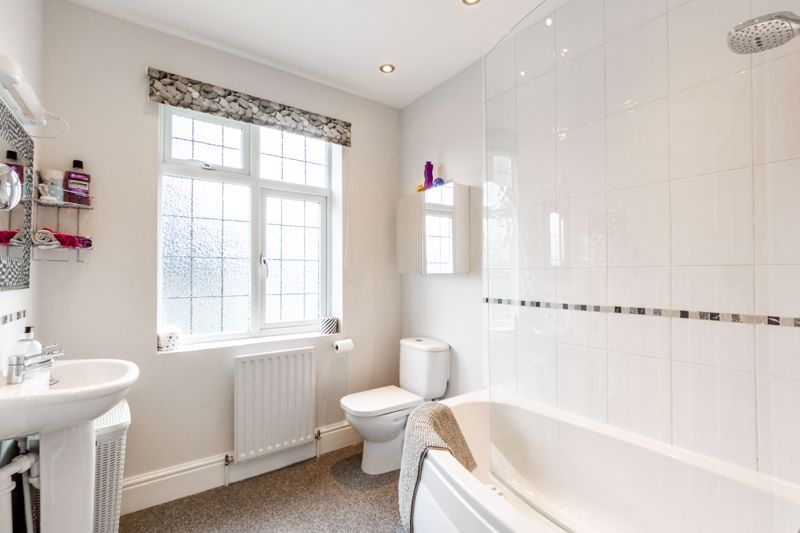 3 bed house for sale in Chawn Hill 11