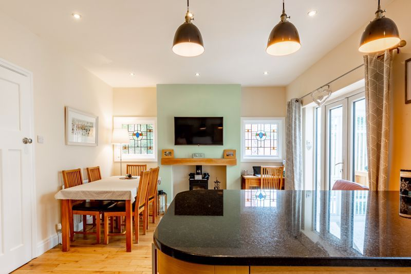 3 bed house for sale in Chawn Hill  - Property Image 4