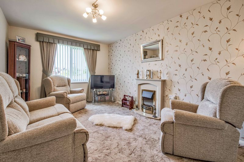 2 bed flat for sale in The Crescent 2