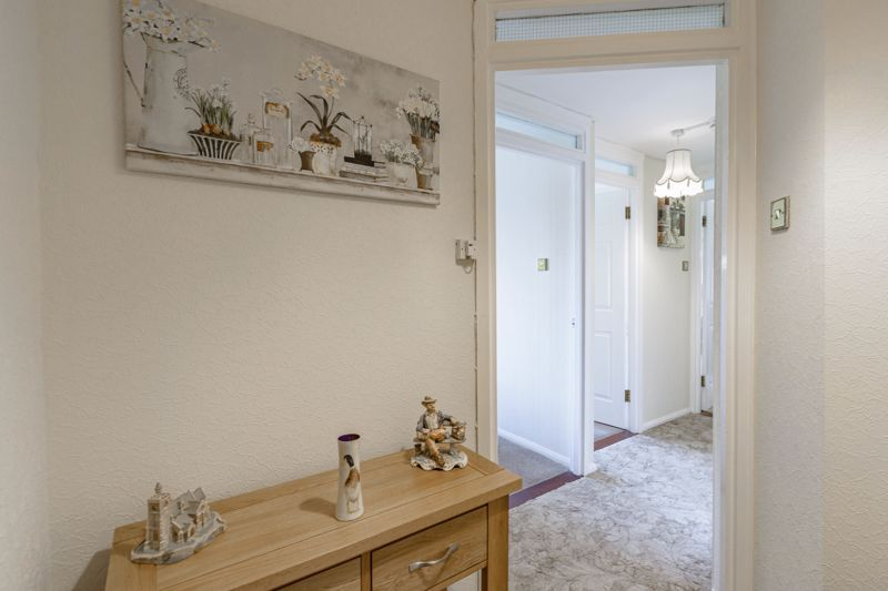 2 bed flat for sale in The Crescent 7