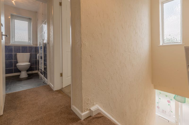 2 bed flat for sale in Bowes Road  - Property Image 9