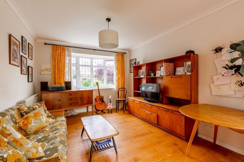 3 bed house for sale in Beckman Road 2
