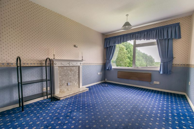 1 bed flat for sale in Lea Croft Road 3