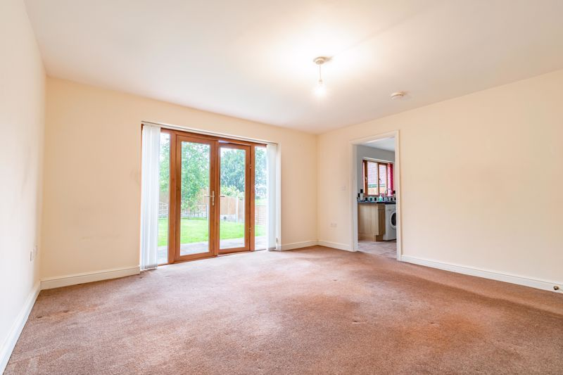 2 bed bungalow for sale in Beecher Street  - Property Image 3