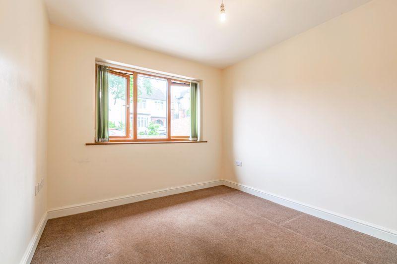 2 bed bungalow for sale in Beecher Street 9
