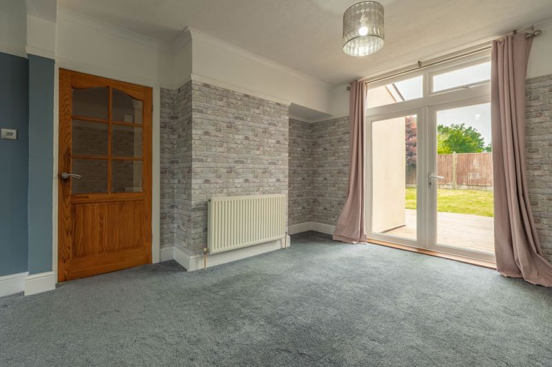 4 bed house for sale in Lilley Lane  - Property Image 3