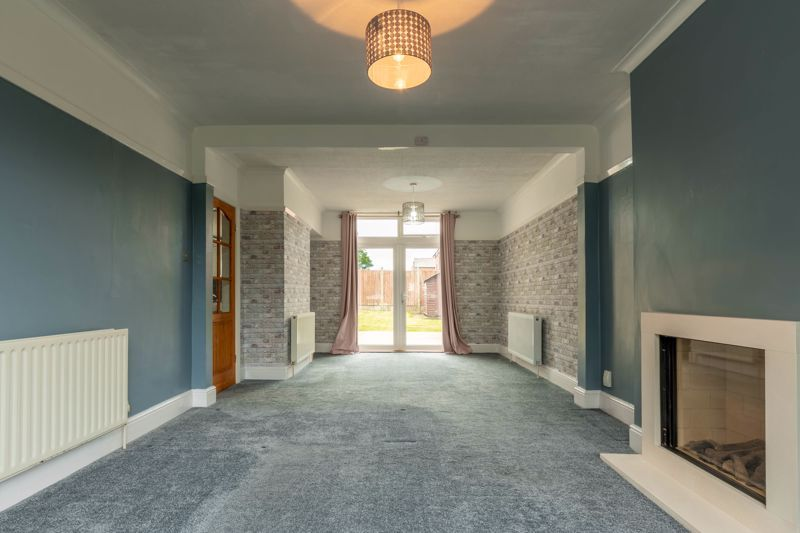 4 bed house for sale in Lilley Lane  - Property Image 4