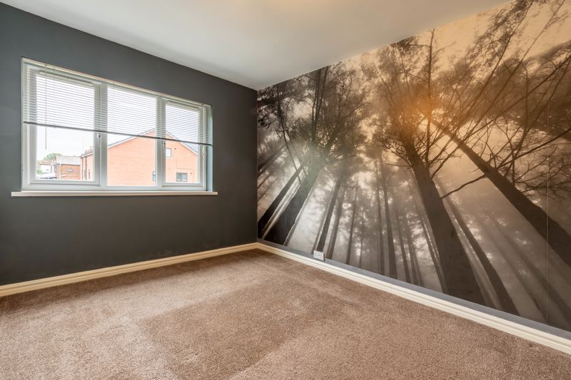 4 bed house for sale in Lilley Lane 10