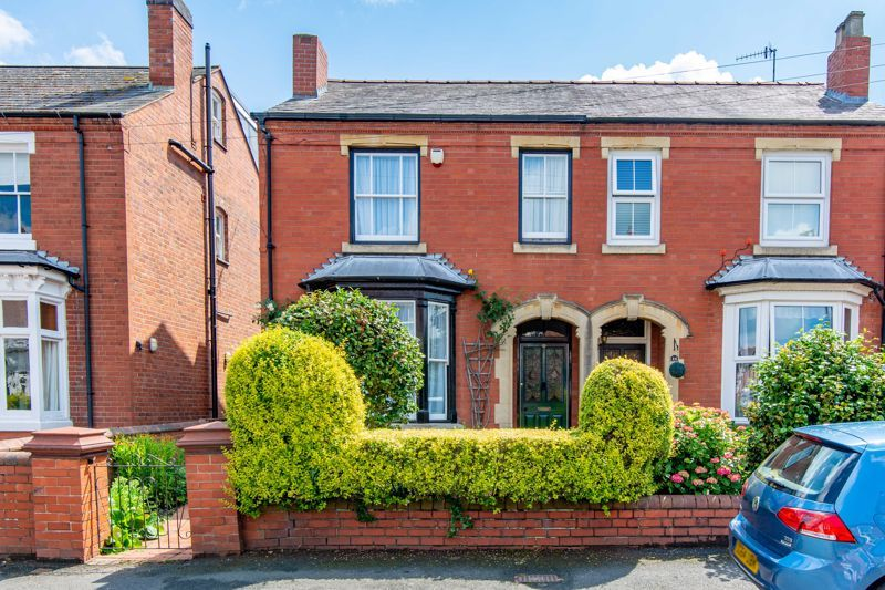 4 bed house for sale in Clifton Street  - Property Image 1