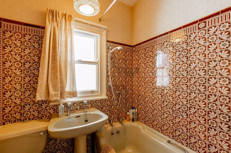 4 bed house for sale in Clifton Street  - Property Image 11