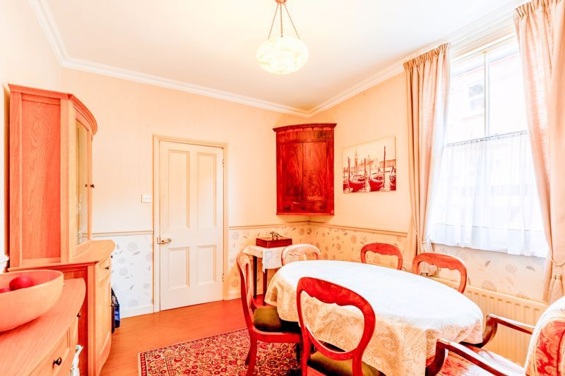 4 bed house for sale in Clifton Street 4