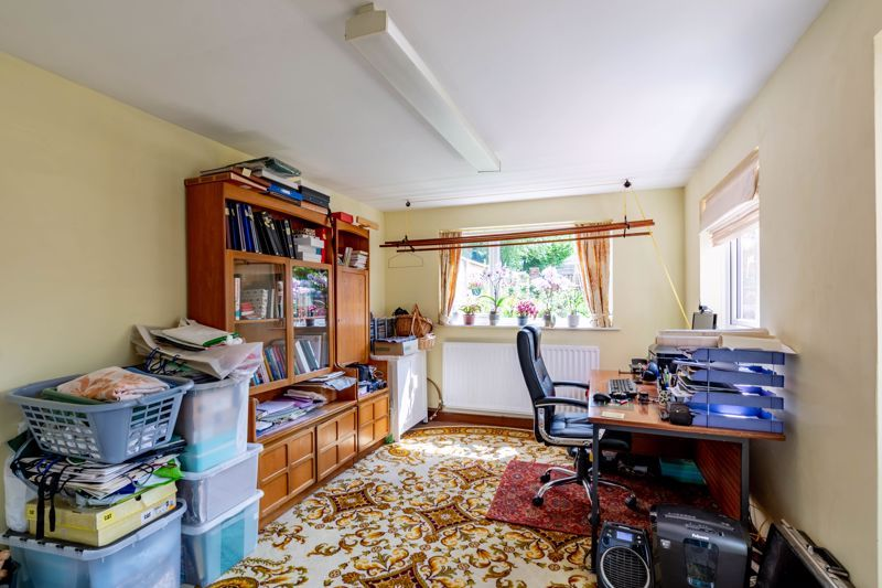 4 bed house for sale in Clifton Street 6