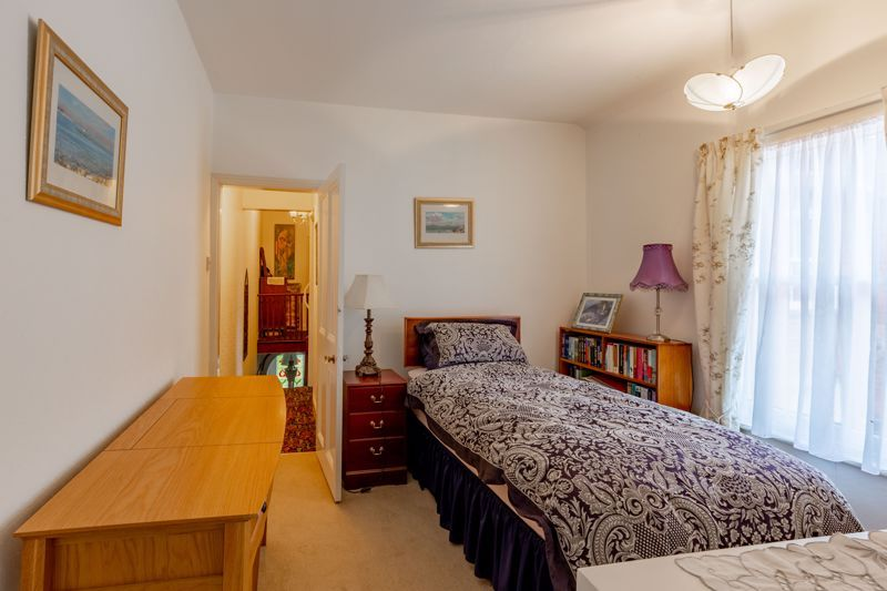 4 bed house for sale in Clifton Street 9