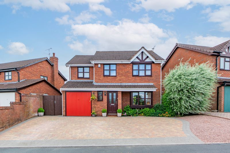 4 bed house for sale in Woburn Drive - Property Image 1