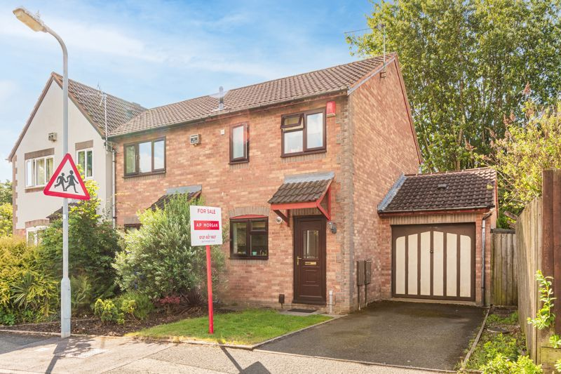2 bed house for sale in Mill Brook Drive 1