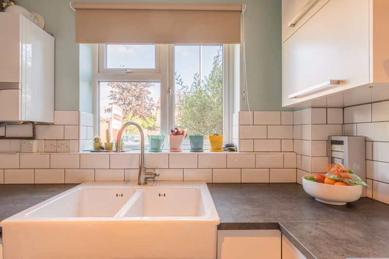 2 bed house for sale in Mill Brook Drive 7