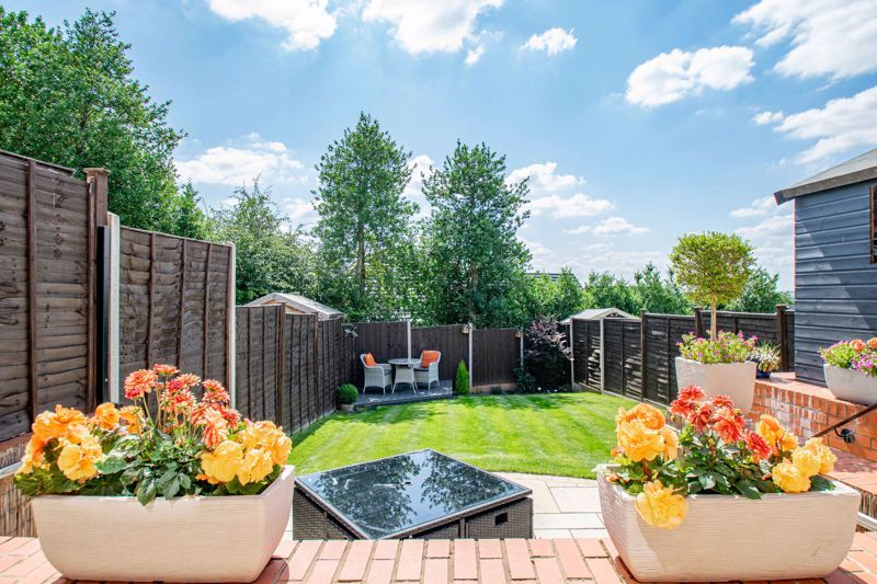 2 bed house for sale in Swallows Close  - Property Image 10