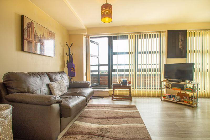 1 bed flat for sale in Warwick Street 12