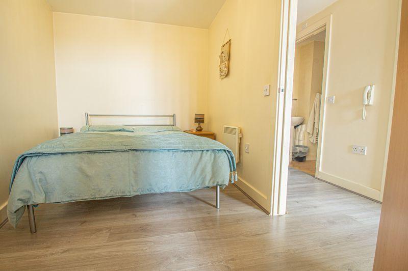 1 bed flat for sale in Warwick Street 10