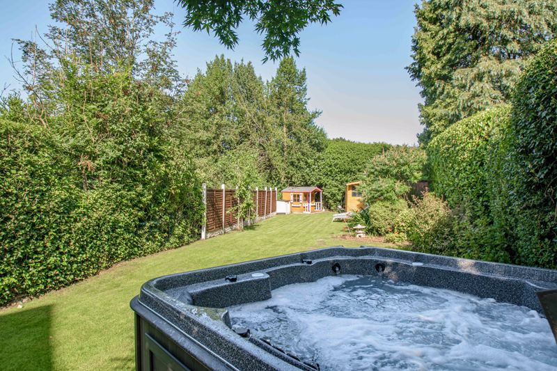 4 bed house for sale in Woodrow Lane  - Property Image 17